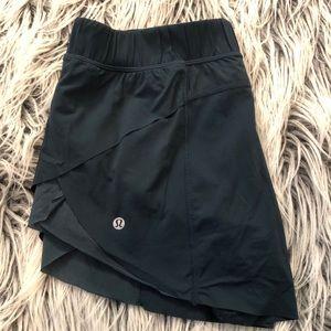 lululemon shorts 2.5
